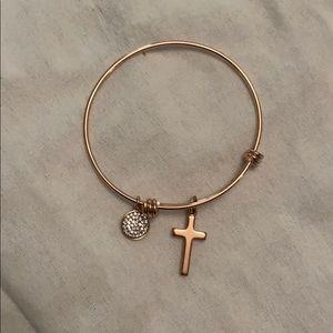 Jewelry - Rose gold bracelet with charms